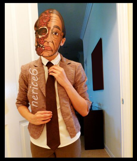 gustavo fring costume